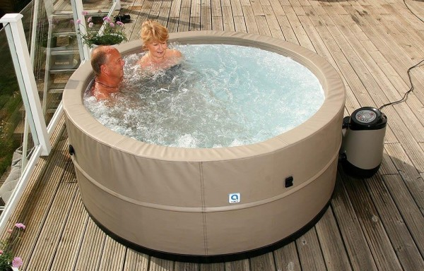 Outdoor-Whirlpools