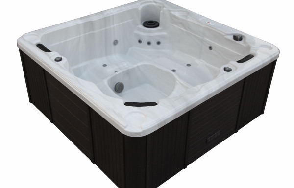 outdoor whirlpools canadianspa. Black Bedroom Furniture Sets. Home Design Ideas